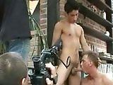 Coulisse d un tournage de porno gay de l est