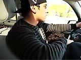 Son mec le suce en conduisant