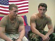 Plan sexe entre militaires qui veulent tester…