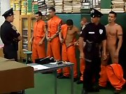 Le sperme coule à flot en prison