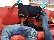2 jeunes Turcs baisent sans capote