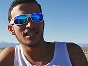 Arabe hétéro de 19 ans branle sa bite…