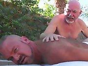 Vieux gay prend du plaisir avec un quadra en…