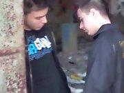 Jeune Français fait sa salope avec un minet…