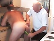 vieux papy gay gay soumis