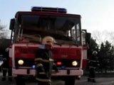 Pompier gay se branle aux aurores