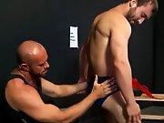 Entretien d'embauche d'un stripteaseur !