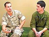 Première fois d'un jeune militaire