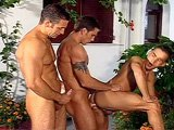 Vacance en Italie avec deux gars plus âgés…