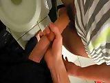 Minets Français jouent avec leur sperme