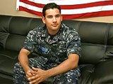 Militaire Américain mis à nu