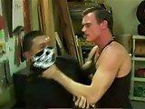 Jeune voleur se fait remplir le cul de sperme