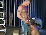 Bâtard se fait loper par un mâle actif…