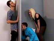 Elle fait sucer son mec par un gay !