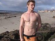 Surfeur accepte de se branler pour une sexe…