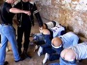 Hétéros enlevés et dépucelés de force…