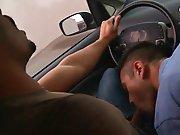Son mec le suce en voiture pour se faire…