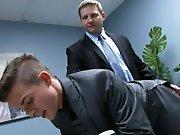 Patron encule le mec qui lui sert de…
