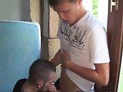 Minet Français TTBM lope un jeune suceur…
