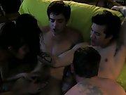 Une coquine pour 3 mecs bisexuels