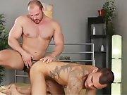 Echange de sperme entre un gay mature et un…