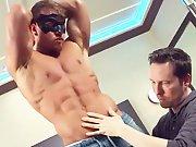 Hétéro se laisse toucher par un gay sauf…