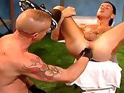 Orgasme anal par un fist fucking