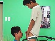 Jeunes Asiatiques uro s'arrosent de pisse…