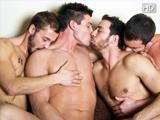 Orgie entre Turcs gays assoiffes de bites