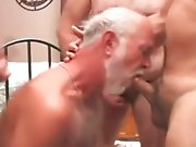 Partouze de vieux avaleurs de sperme