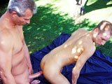 Pygmalion gay en couple avec un minet
