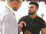 Le patron se paye un escortboy Arabe !