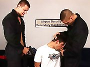Les douaniers se tapent un jeune routard !