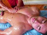 Massage naturiste gay intégral avec finition