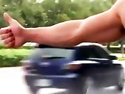 Sodomiser un autostoppeur musclé !