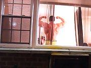 Mater le voisin très musclé pendant sa…