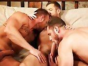 Du sperme plein la bouche entre mecs poilus !