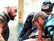 Français partouze avec des super héros…
