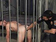 Il se fait fister en prison