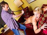 Son beau-père lui met la fessée !