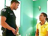 En état d'arrestation par un policier TBM